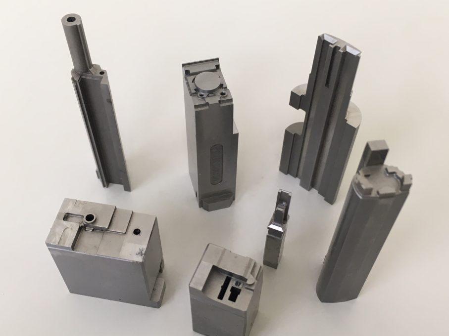 高性能のホットスタンピング金型用鋼材をお探しの方はおられませんか??